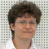 Zdena Dobešová