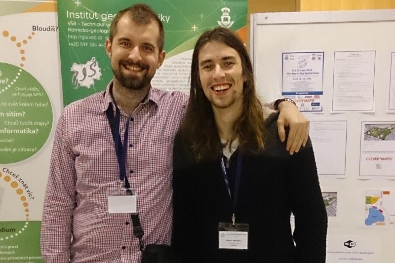 Martin Kalivoda a Martin Pravda na sympóziu GIS Ostrava 2016, foto: Peter Potisk